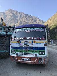 nepal-bus