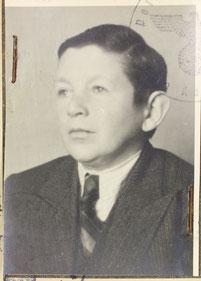 Arthur Katz (Foto auf seiner Kennkarte für Juden). Leider ist es nicht gelungen, Fotos von Johanna und Levi Katz zu finden.
