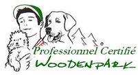education chiot avec un dresseur de chien professionnel certifié woodenpark en franche comté dans le doubs 25 la haute saone 70 et le territoire de belfort 90