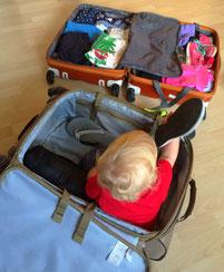 Samu der Koffer-(Aus)Packer