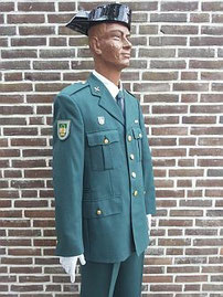 Guardia Civil, ceremonieel tenue