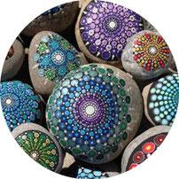 Mandala Steine Workshop im Raum der Achtsamkeit in Rupperswil bei Aarau