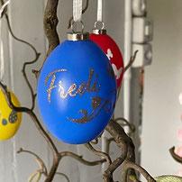 Druckatelier46 - Weihnachtskugeln mit Namen champagner glänzend