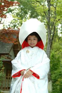 美濃加茂・可児・関で、和装のレンタル 和装写真撮影なら品揃え豊富な「ブライダルサカエ」