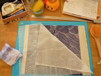 裏打ち布を作りました。少し苦手な作業だけれど。