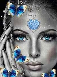 broderie diamant femme et papillons