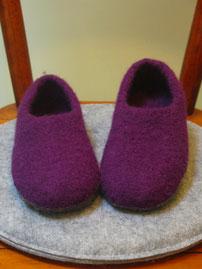 Filzhausschuhe für Maedchen und Damen Groesse 35,5 pflaumenfarben