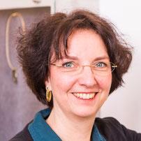 Melanie Karner - Goldschmiedemeisterin im zierwerk Hamburg