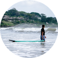 Surfcamp Surfschule Bali Seminyak