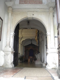 Innenraum vom Eingang