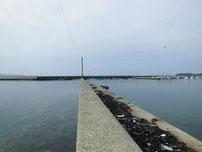 角島 元山港 波止の写真
