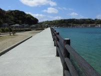 美萩海浜公園 公園横護岸の写真