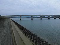 佐波川河口 右岸側の写真