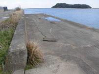九電裏10号岸壁 下の段の護岸の写真