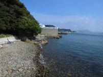 彦島南公園下海岸 波止の先の写真