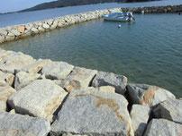 いがみ海浜公園 右側の波止