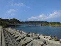 粟野川 ドライブイン横の写真