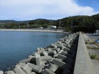 掛淵漁港 波止の付け根付近 の写真