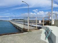 南風泊港 立入禁止の波止の写真