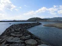 蓑島漁港 石波止の写真
