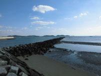 阿知須漁港 河口付近 潜提の写真