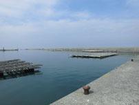 宇島漁港 港内の写真
