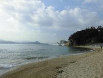 関見台公園下海岸 正面 砂浜 の写真