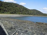 もじ少年自然の家周辺 右側の地磯の写真