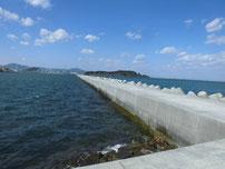苅田南防波堤 波止 内側の写真