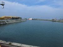 宇島港 港内の写真
