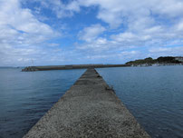 安岡漁港 内波止・先端付近の写真