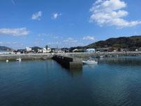 秋穂漁港 内波止の写真