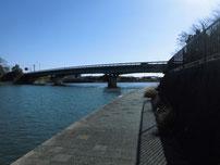 厚狭川橋 右岸側の写真