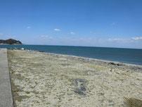 沓尾漁港 砂浜の写真
