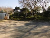 縄地ヶ鼻公園周辺 トイレと駐車場の写真