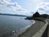 青海島 道路沿い 砂地の写真
