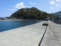 越ケ浜漁港 萩小町横波止・内側の写真
