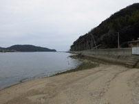 防府マリーナ 手前の港 横砂浜 の写真