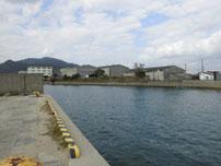 恒見漁港 護岸 左端の写真
