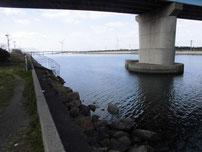 若松運河 響大橋周辺 の写真