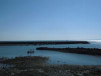 白野江漁港の波止 内側の写真