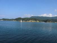 阿川漁港 沖 一文字波止の写真