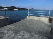 仙崎漁港 道路沿い の写真