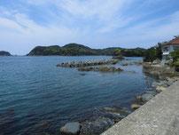 須佐漁港 右側の波止・付け根付近の写真