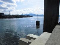 青海島大橋下周辺 青海島側 橋の下の写真