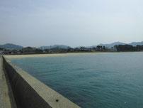 萩商港 菊ヶ浜海水浴場側 護岸の写真