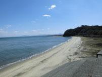 沓尾長井漁港 対岸側 砂浜の写真