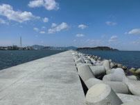 苅田南防波堤 波止の写真