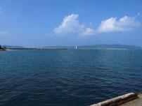 粟野漁港 沖波止 の写真
