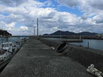 黄波戸漁港 内波止左側 の写真